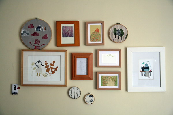 Copy of IMG_1768embroidery hoop wall.jpg